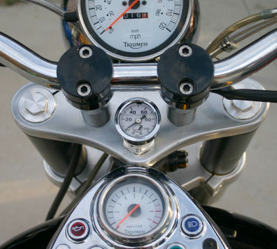 New Bonneville Oil Pressure Gauge: NBOPG
